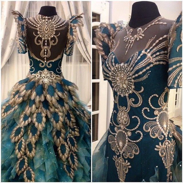 Mak-Tumang - Gown Designs