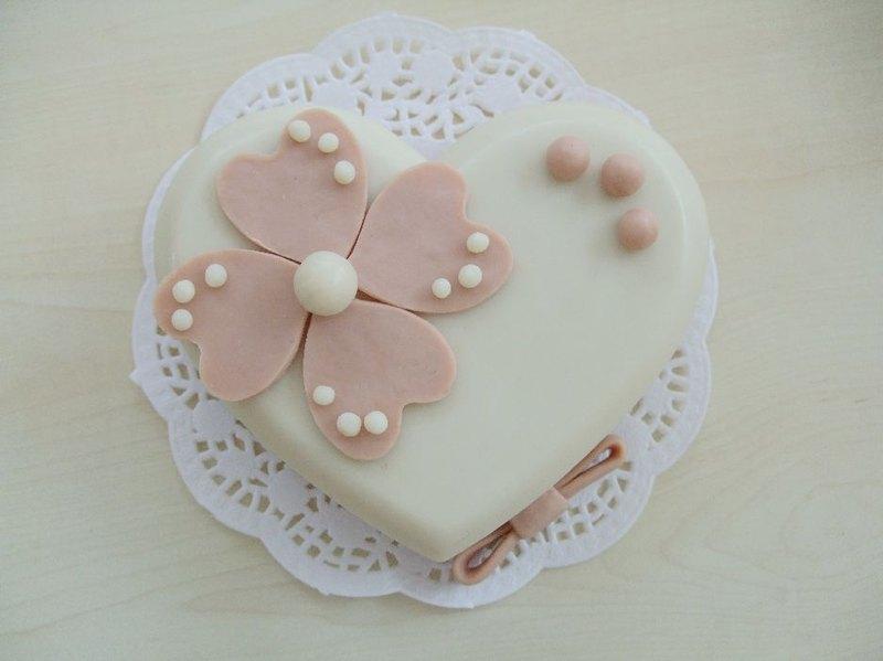 轻泥蛋糕手工制作步骤