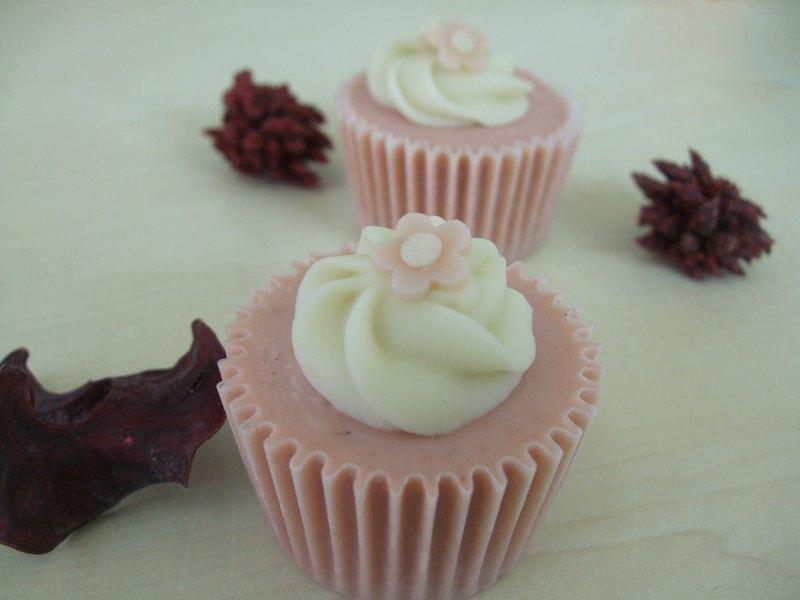 可客制化 超商取货 手工制作 台湾出品 小小的粉红色杯子蛋糕皂,最