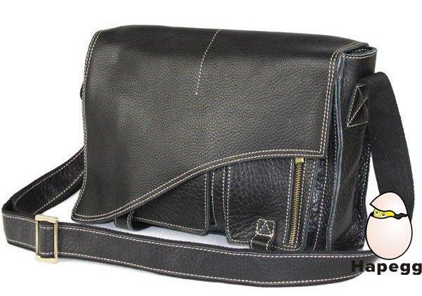 情人节男士休闲真皮包采用独特的立体式外袋设计