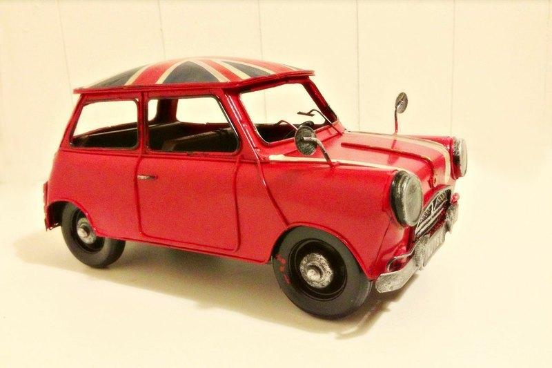 经典复古铁皮汽车模型-austin