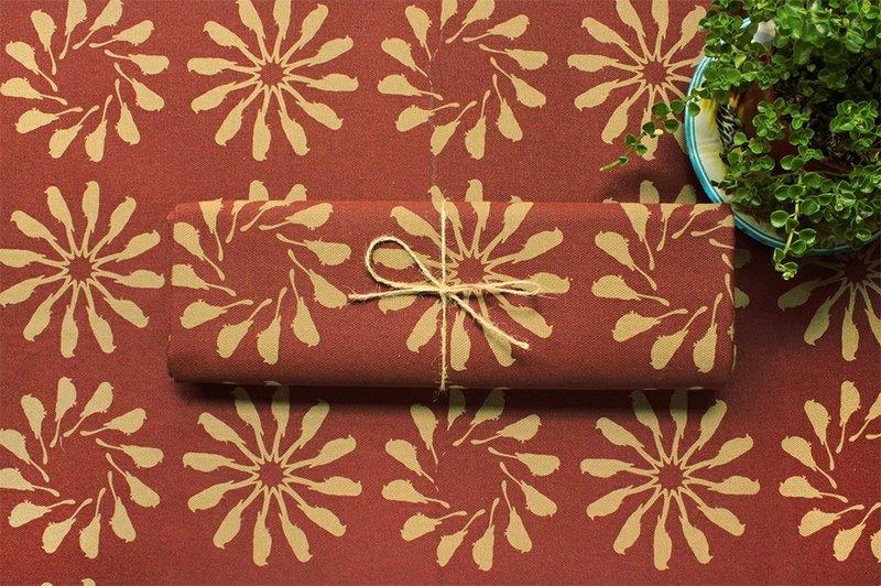 印花乐布料-乌秋圈圈/泥浆红棕色