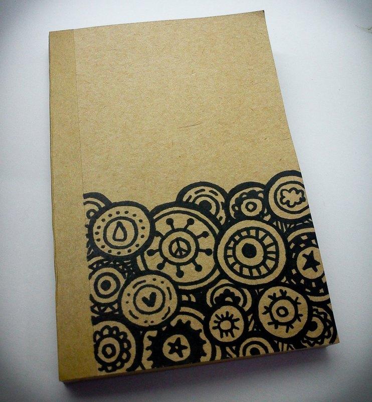 x 10cm 内页可平摊,全空白无线条 / 材质 / 封面,封底为150磅牛皮纸
