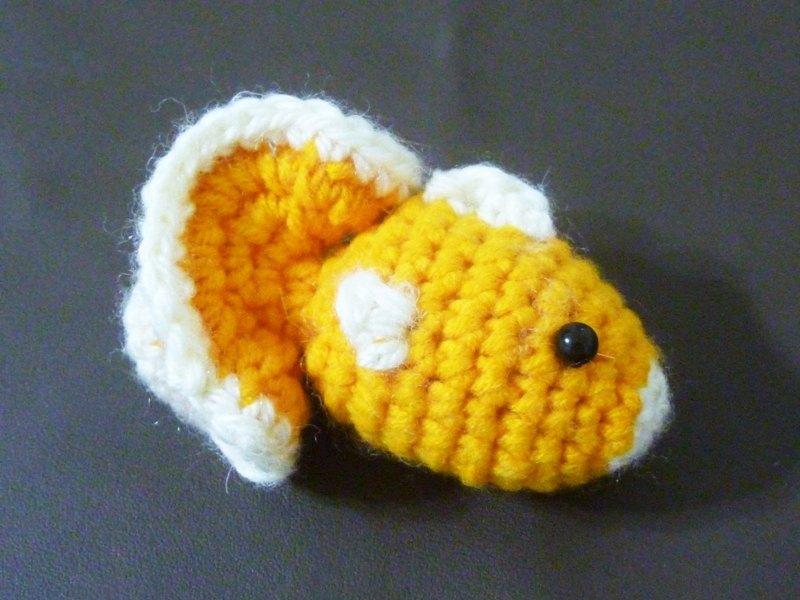 橘色小金鱼 毛线娃娃 钥匙圈