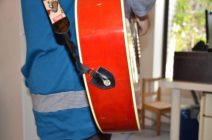 吉他背带使用说明