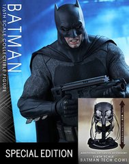 HOT TOYS MMS342 BATMAN V SUPERMAN: BATMAN WITH TEC