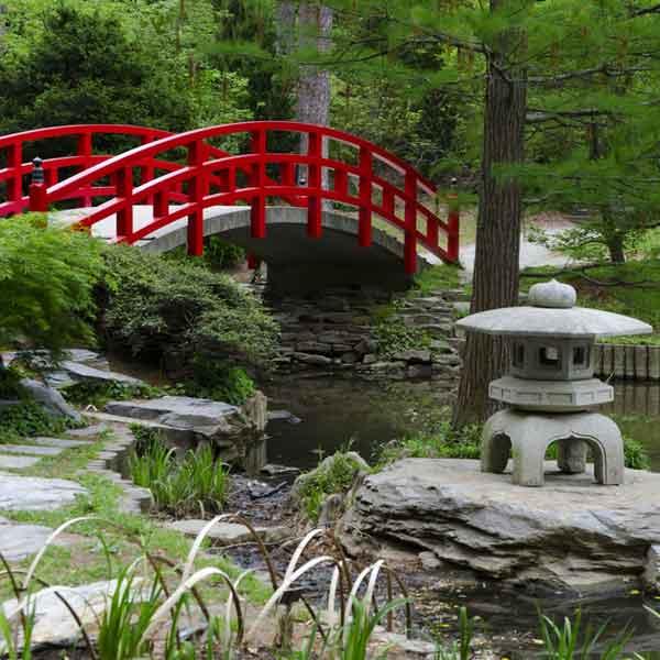 6 elements for a perfect zen garden homeonline for Zen garden bridge