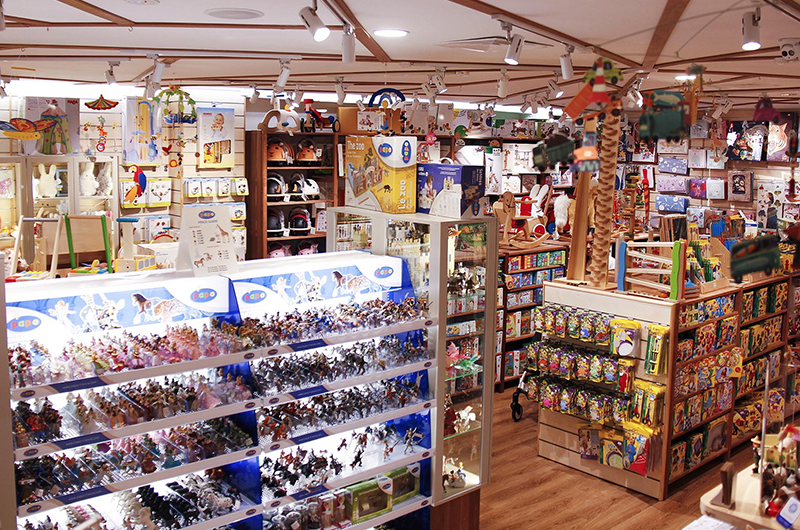 03a-the-better-toy-store