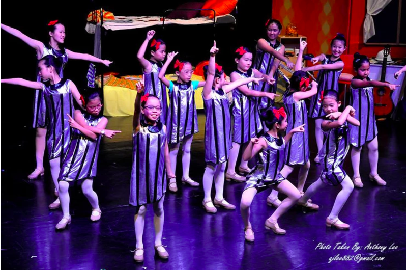 singapores-child-enrichment-awards-2019-dance-theatre-2