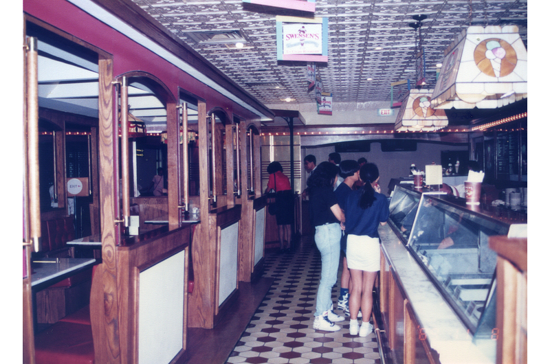 singapores-child-changi-airports-oldest-restaurant-2