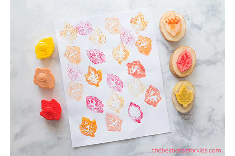 singapores-child-arts-and-crafts-activities-for-kids-this-mid-autumn-festival-potato-stamp