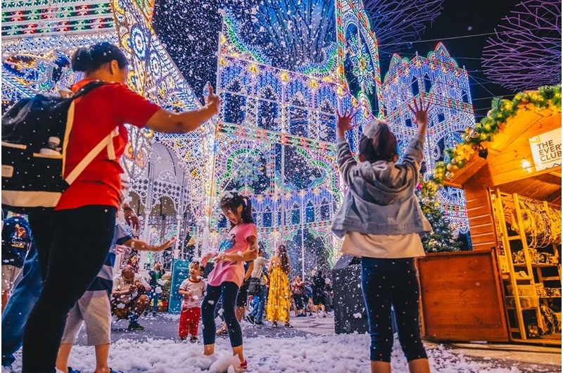 singapores-child-deck-your-calendar-with-these-december-2019-festivities-gardens-by-the-bay