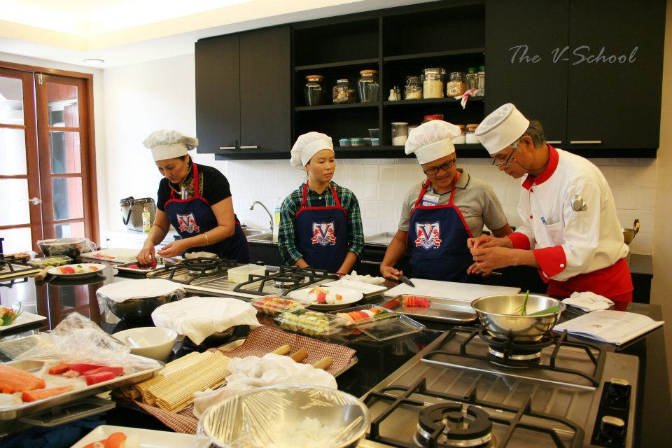 The V School socialgiver chef