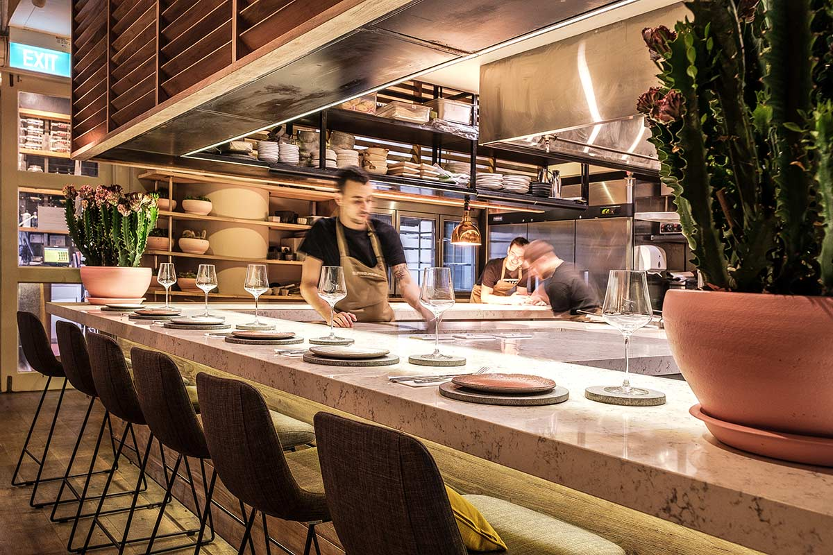 SquareRooms-El-Mero-Mero-bar-and-open-kitchen