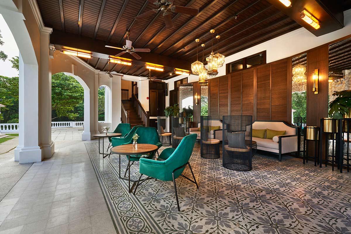 SquareRooms-Alkaff-mansion-porch
