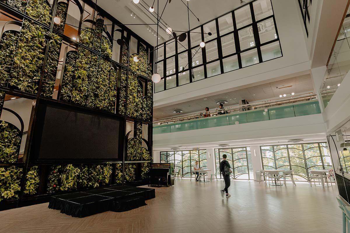 SquareRooms-Temasek-Shophouse-Atrium