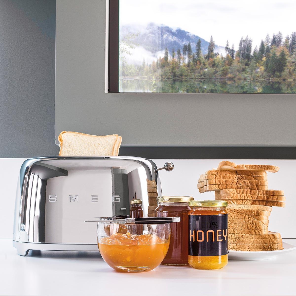 smeg-toaster