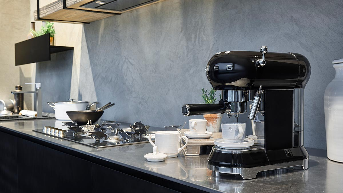 smeg-espresso-coffee-machine