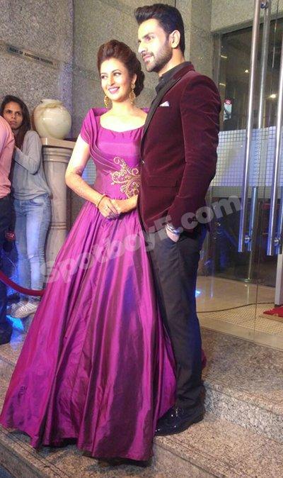 The First Pics From Divyanka Vivek S Wedding Reception Are In