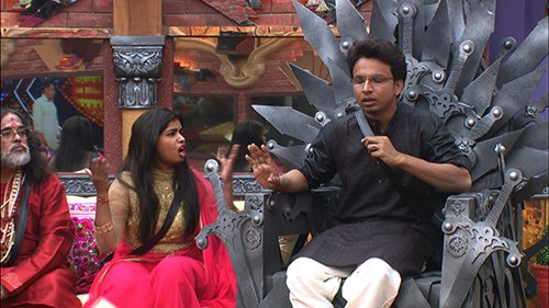 A heated argument going on in Bigg Boss 10 house.jpg