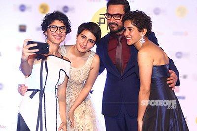 Aamir Khan and Kiran Rao at the 18th Jio Film Festival along with Fatima Sana Shaikh and Sanya Malhotra.jpg