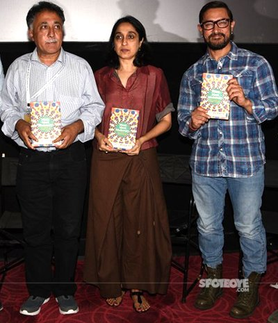 Aamir Khan and family grace Music Masti and Modernity book launch at Teesri Manzil screening.jpg