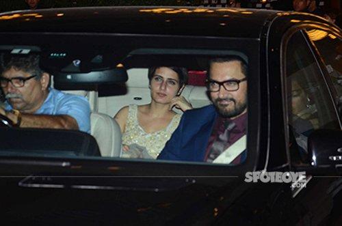 Aamir Khan at Ambani's MAMI party.jpg