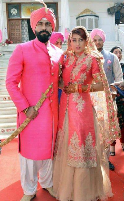 Aarya Babbar and Jasmine Puri.jpg