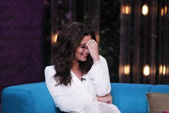 Alia Bhatt is feeling shy on the sets of Koffee with Karan.jpg