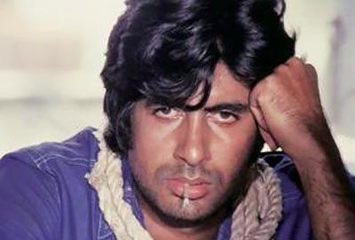 Amitabh-Bachchan in Deewar.jpg