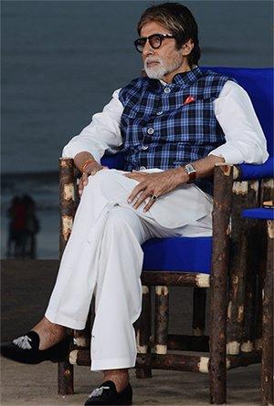 Amitabh Bachchan Posing .jpg