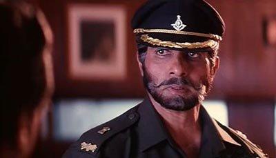 Amitabh Bachchan in Major Saab.jpg