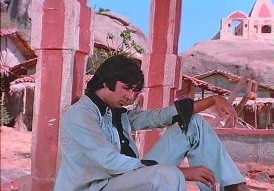 Amitabh Bachchan in Sholay.jpg