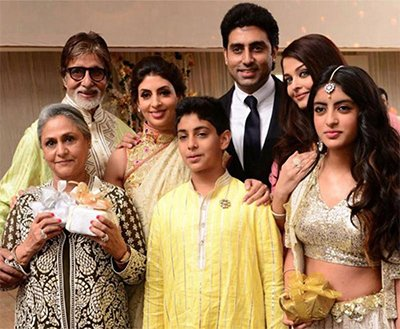 Amitabh, Jaya, Aishwarya , Abhishek and Others - Bachchan Family.jpg