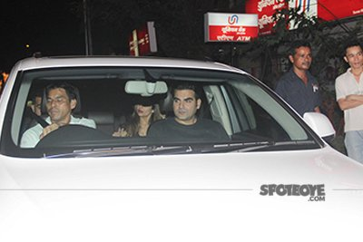 Arbaaz Khan, Amrita Arora snapped post Karva Chauth party.jpg