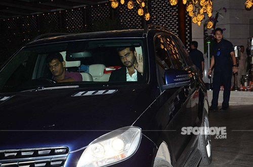 Arjun Kapoor at Ambani's MAMI party.jpg