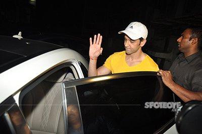 Hrithik-at-Shivaay-Screening.jpg