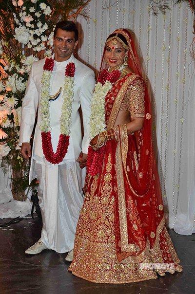 Karan Singh Grover and Bipasha Basu wedding pics.jpg