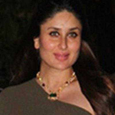 Kareena Emerald Necklace.jpg