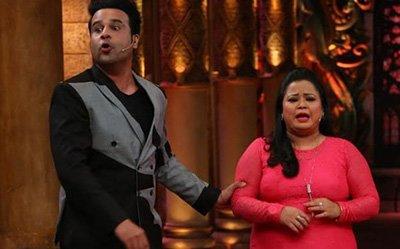 Krushna Abhishek and Bharti Singh on the sets of Comedy Nighta Bachao.jpg