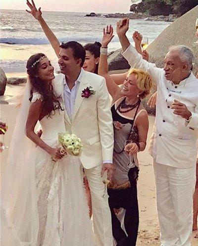 Lisa haydon wedding pictures.jpg
