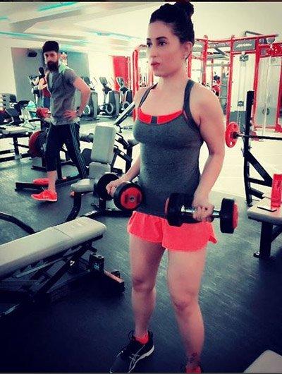 Mreenal Deshraj working out in the gym.jpg