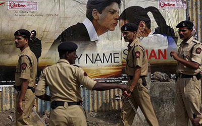 Police patrolling during the release of My Name Is Khan.jpg