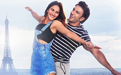 Ranveer Singh and Vaani Kapoor in Ude Dil Befikre Song.jpg
