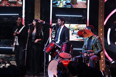 Rock On 2 cast does a live performance on Bigg Boss 10.jpg