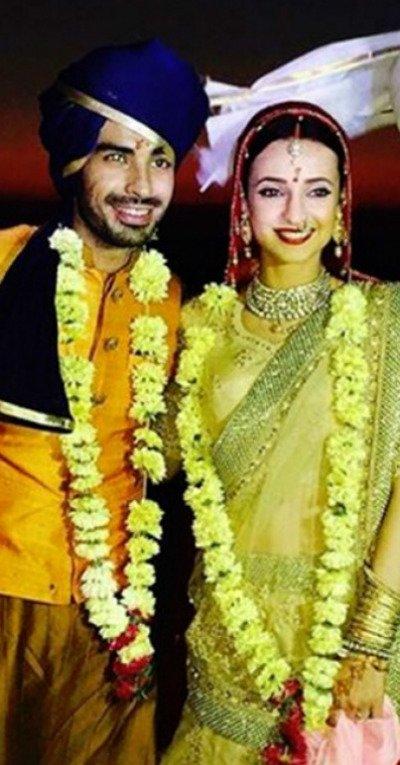Sanaya Irani and Mohit Sehgal.jpg