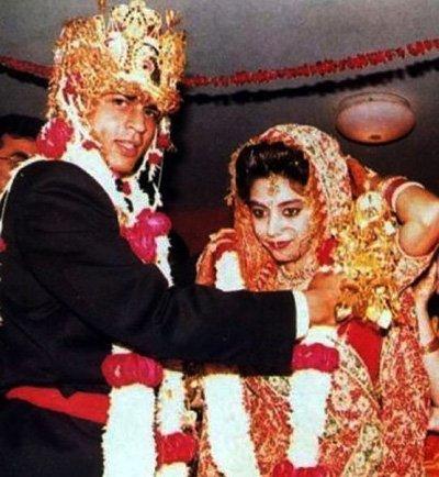 Shah Rukh Khan and Gauri Khan wedding pictures.jpg