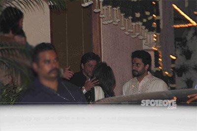 Shah Rukh Khan at the Bachchan Diwali Bash 2016.jpg