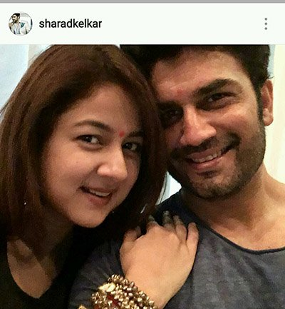 Sharad Kelkar and wife Karva Chauth celebrations 2016.jpg