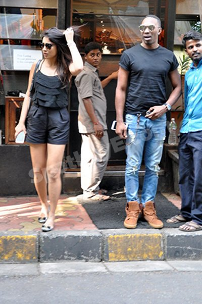 Shriya Saran with DJ Bravo.jpg